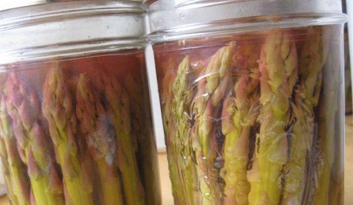 Asparagi in salamoia