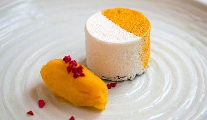 Dolce al lime con sorbetto di mango