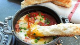 Cocottes di uova alla provenzale