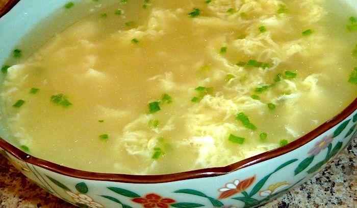 Minestra di uova e pecorino