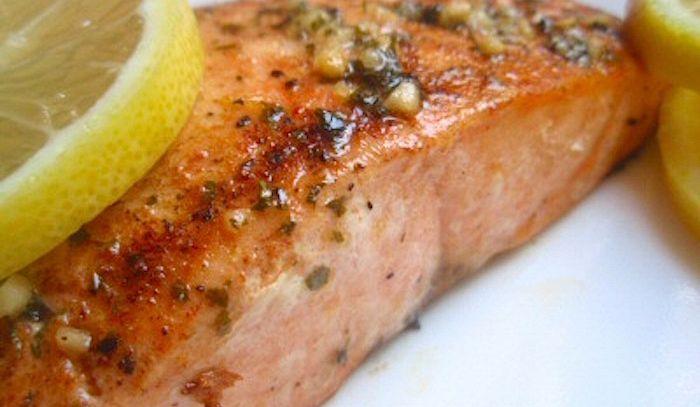 Salmone sotto il grill