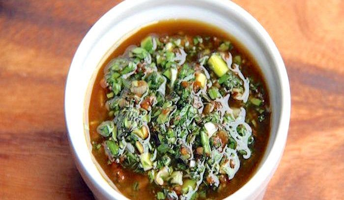 Salsa verde all'aceto balsamico