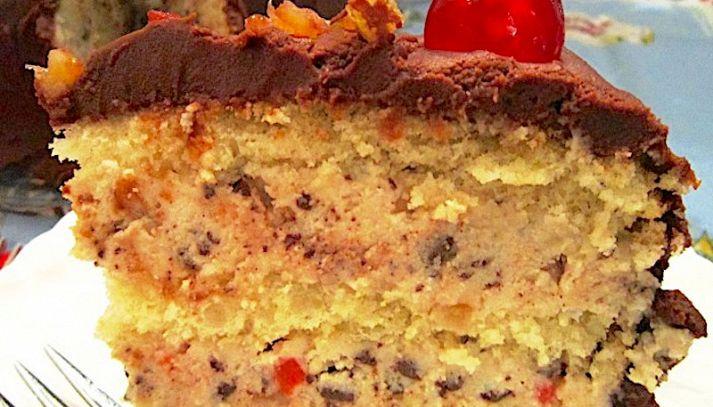 Torta al cioccolato e frutta candita