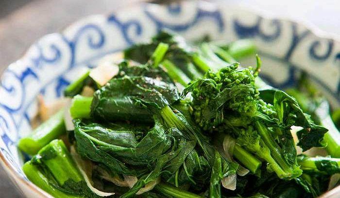 Broccoli romani all'aglio