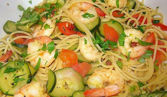 Spaghetti gamberi e cetrioli
