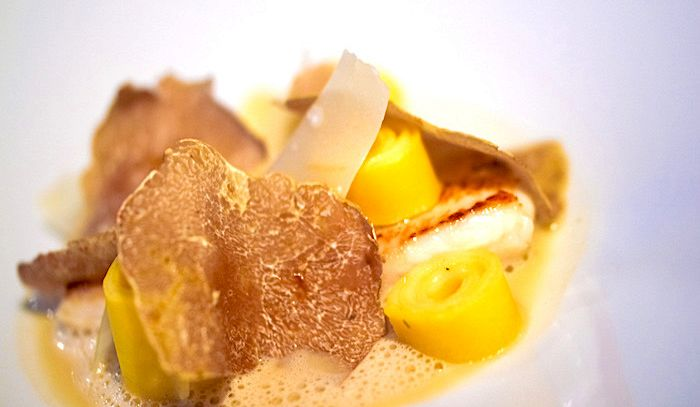 Crema piemontese di parmigiano e tartufi