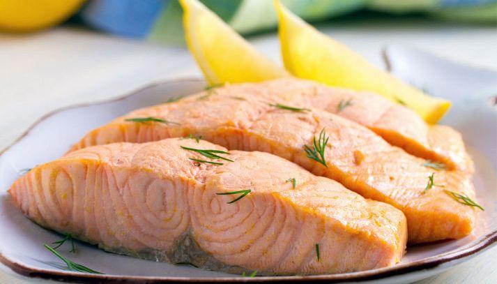 Salmone bollito