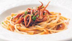 Spaghettoni con sugo di seppie