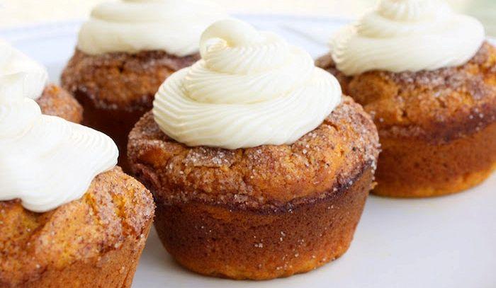 Muffins di zucca e cream cheese