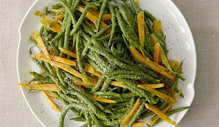 Carotine novelle in salsa verde