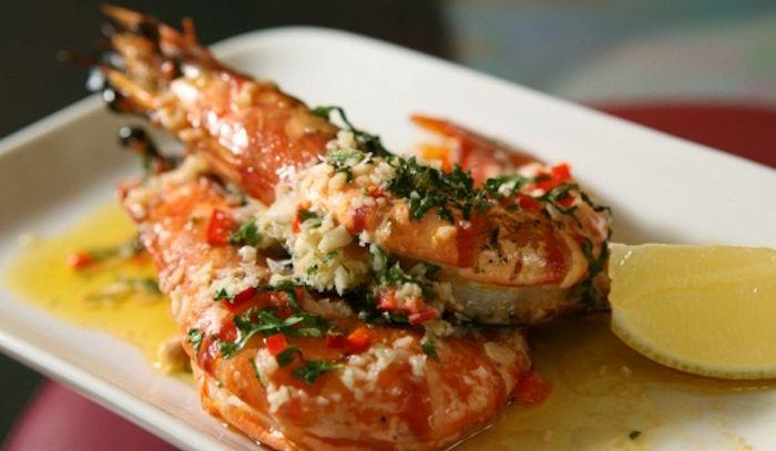 Gamberi all'aglio in salsa piccante
