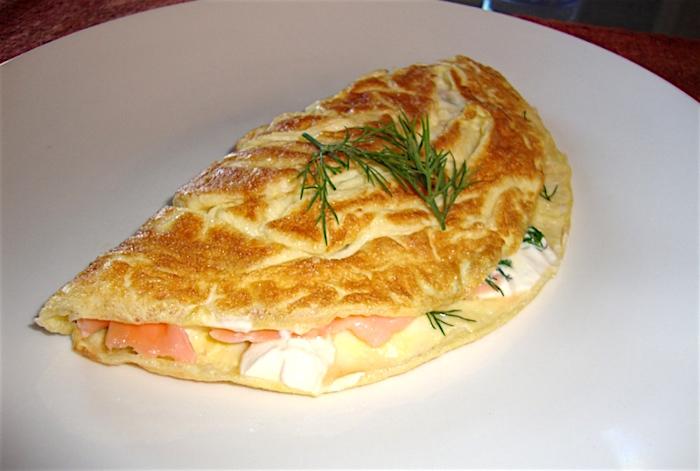 Ricetta Omelette Salmone.Ricetta Omelette Smokey Le Ricette Di Buonissimo