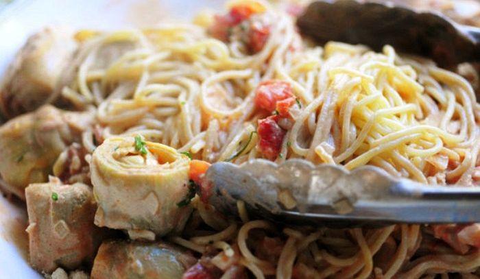 Spaghetti seppie e carciofi