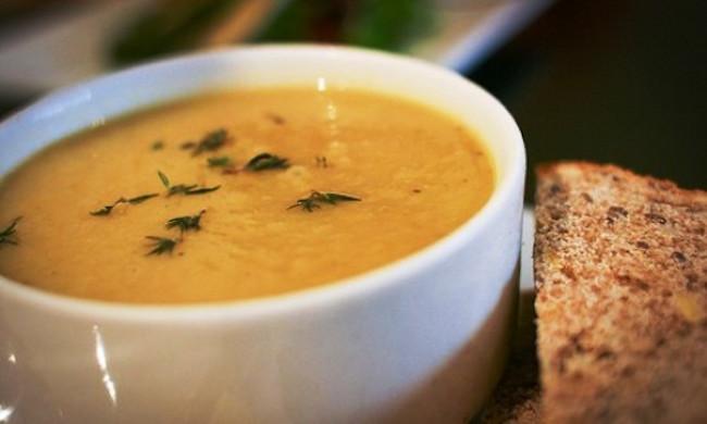 Zuppa piccante di patate dolci