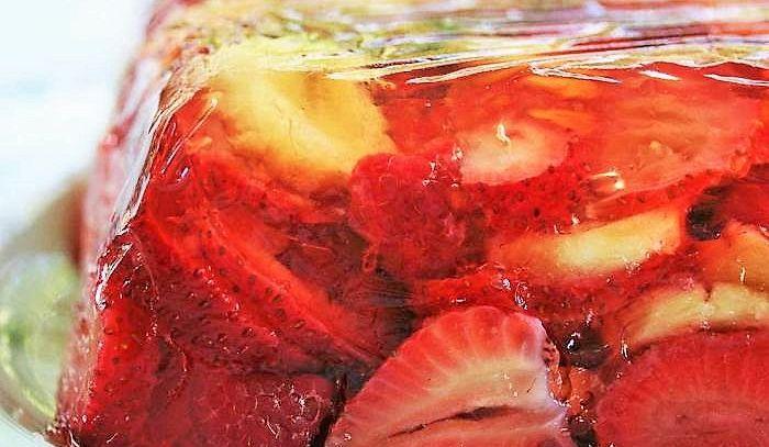 Aspic di fragole
