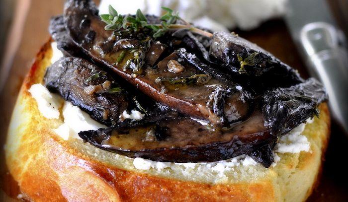 Brioche con ripieno di funghi e tartufo