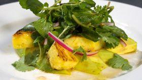 Insalata di ananas al pepe