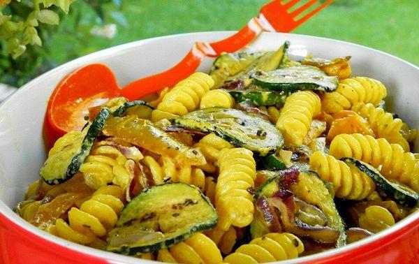Insalata di pasta fresca allo zafferano