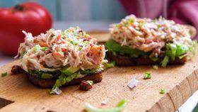 Fresca, facile e squisita: l'insalata di pesce che piace a tutti