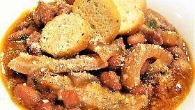 Zuppa di fagioli con cotenne alla marchigiana