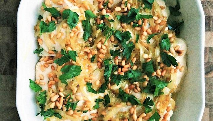 Pesce al forno con salsa tahini