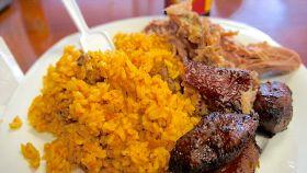 Riso giallo con carne di maiale