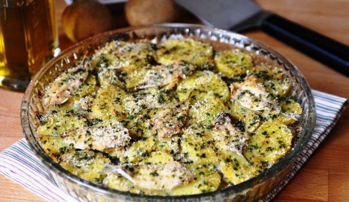 Teglia di alici e patate