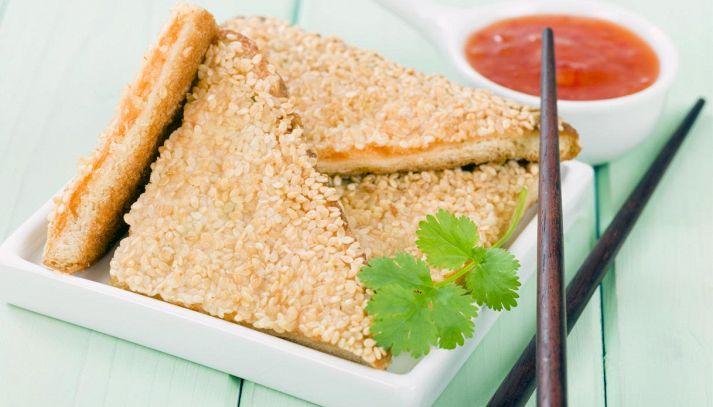 Toast di gamberi al sesamo