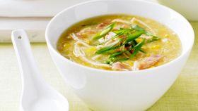 Zuppa di granchio e mais