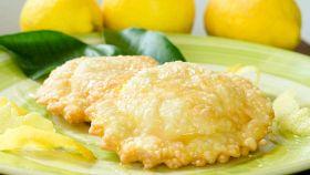 Un irresistibile involucro ripieno di leggero formaggio filante