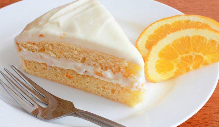 Torta all'arancia con crema