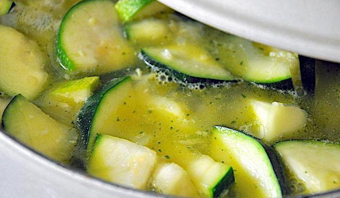 Ricetta Zucchine Bollite.Ricetta Minestra Di Zucchine Le Ricette Di Buonissimo