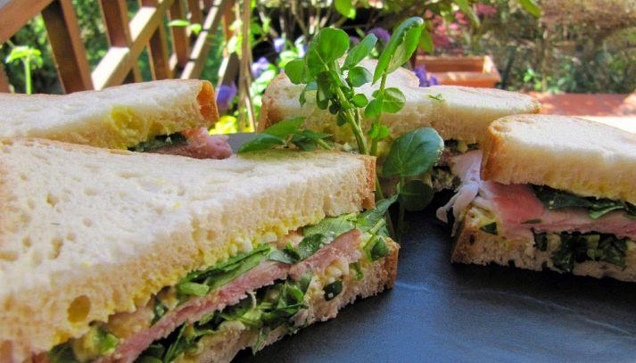 Sandwich con il crescione