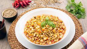 Zuppa di lenticchie e pastina