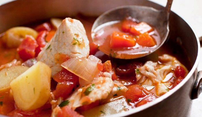 Brodetto di pesce all'italiana