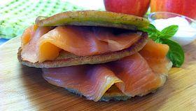 Pancake di salmone con pesto