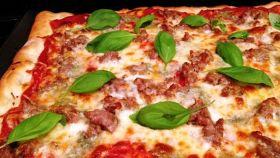 La pizza alla salsiccia, per una serata con tanto sapore