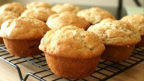 Muffins e yogurt il bello di una colazione genuina e gustosa