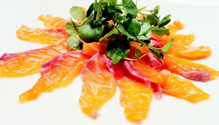 Carpaccio di salmone al crescione