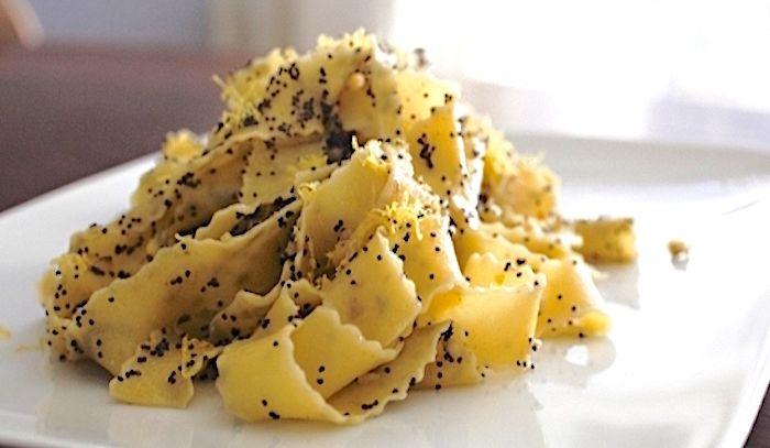 Lasagne ai semi di papaveri