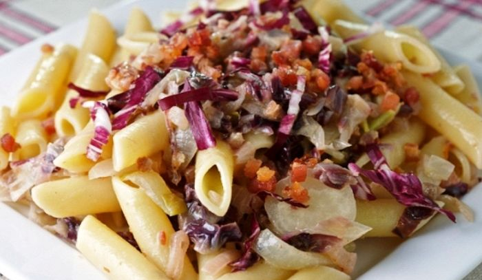 Maccheroni alla insalata trevigiana
