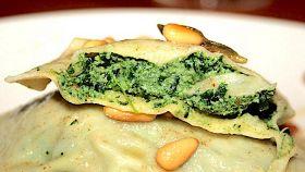 Pansotti di farina di segale agli spinaci