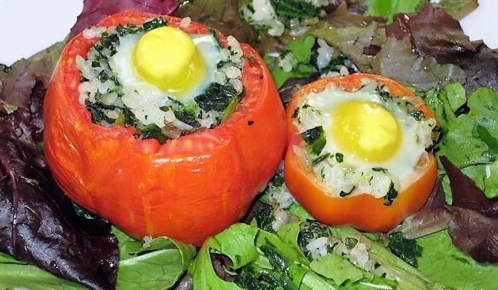 Pomodori ripieni con uova di quaglia