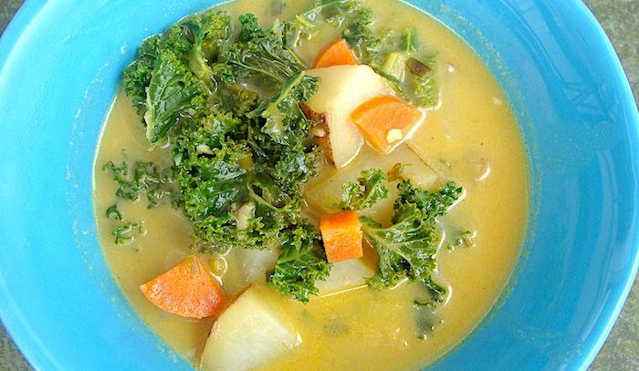 Zuppa di insalata riccia