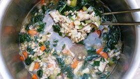 Zuppa di ortiche e d'orzo
