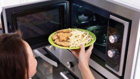 Forno microonde: cosa si può cucinare e cosa no