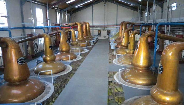 Produzione del whisky: la fase di distillazione