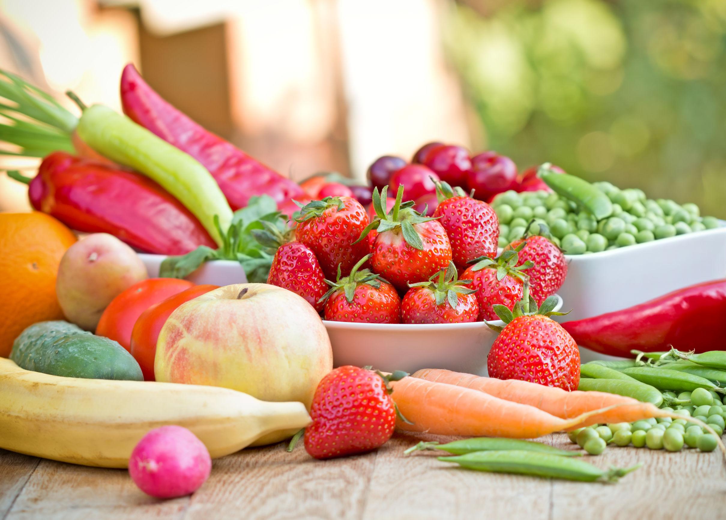 alimenti per migliorare la salute dellapparato digerente cosa bere al mattino per sgonfiare