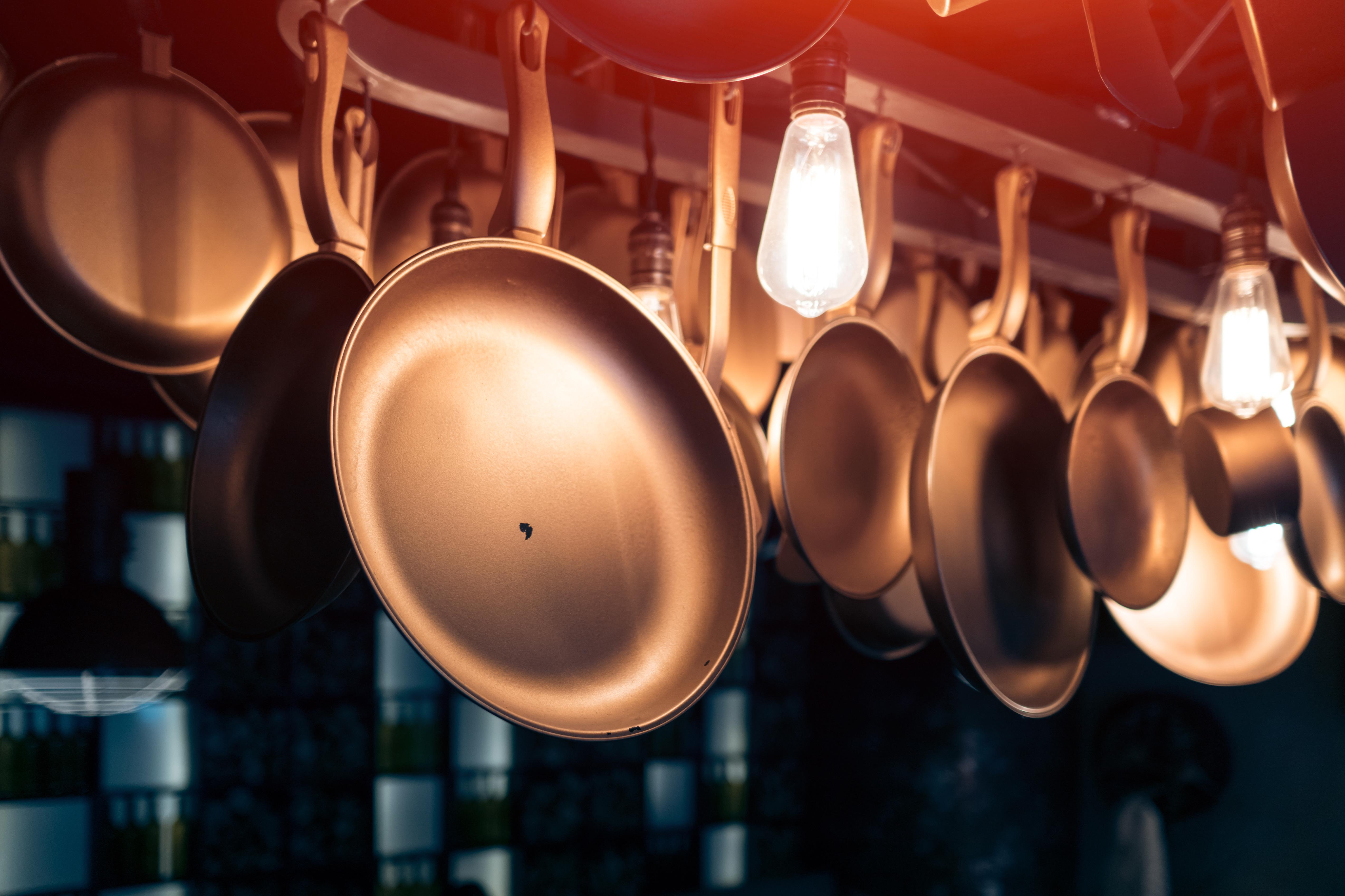 Appendi Pentole A Muro rame in cucina, che passione - la rubrica di buonissimo