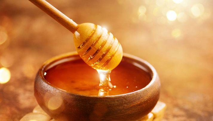 Il miele: segreti, curiosità e proprietà dell'oro dolce